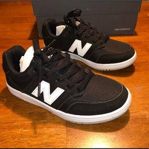 New Balance 425 Skate Sneaker